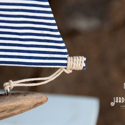 driftwood sailboat handmade in lanzarote by Jardindelmar.es - part.
