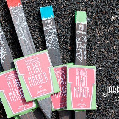 Wooden handmade painted plant marker - Jardin del Mar