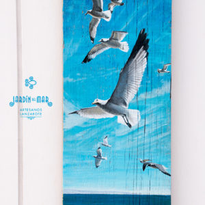 Seagull, acrylic painting on driftwood - Jardin del Mar